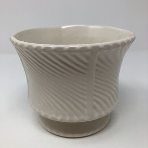 Vintage McCoy Pottery Floraline white Planter Pot